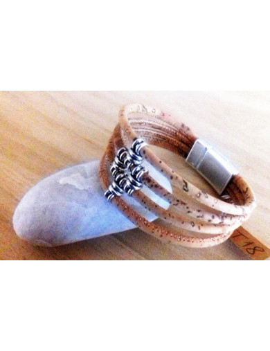 Bracelet 4 cordons de liège...