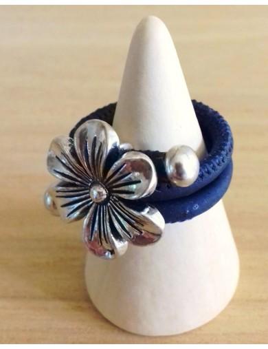 Bague fleur bombée marine